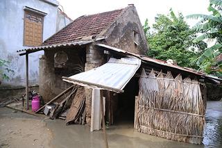 ĐBQH lên tiếng vụ cán bộ thôn thu lại tiền cứu trợ lũ lụt