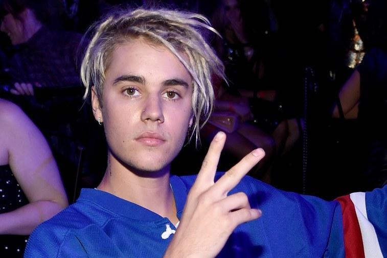 Justin Bieber đi lưu diễn