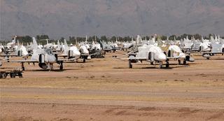 Bí mật sức mạnh quân đội Mỹ từ những nghĩa địa máy bay