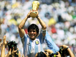 Chúc mừng sinh nhật Cậu bé vàng Diego Maradona