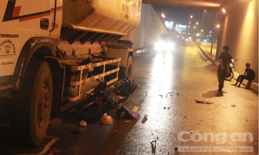 Một góc hiện trường vụ tai nạn giao thông chết người