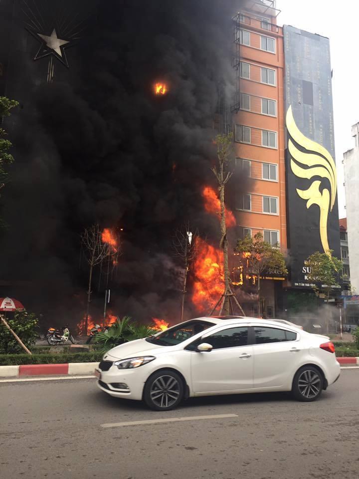 Một số hình ảnh tại hiện trường vụ cháy lớn 2