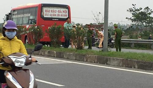 Hiện trường vụ tai nạn giao thông thương tâm