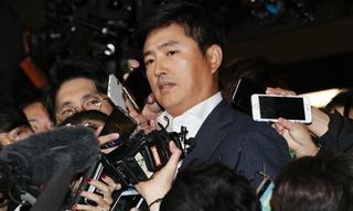 Người đàn ông bí ẩn giữa bê bối của Tổng thống Hàn Quốc