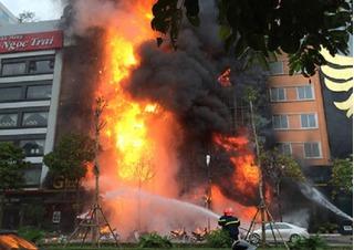 Vụ cháy kinh hoàng quán karaoke làm 13 người chết: Triệu tập 3 thợ hàn