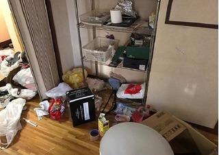 Cho nhóm bạn mượn nhà, chủ nhân mất 33 triệu tiền dọn vệ sinh