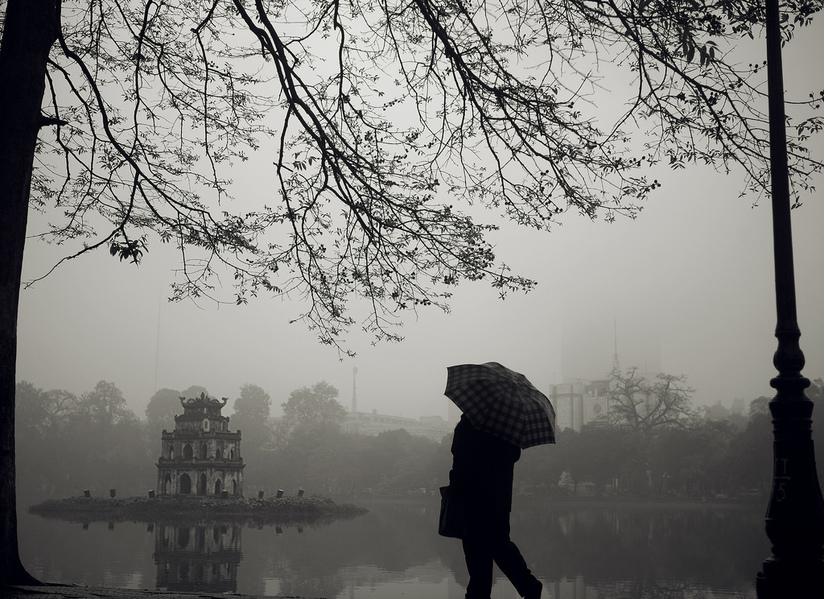 Dự báo thời tiết ngày mai Hà Nội có mưa, nhiệt độ thấp nhất còn 20 độ
