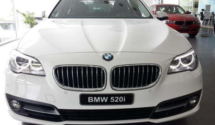 BMW sẽ tiến hành thu hồi hơn 150 ngàn xe. Ảnh: Internet