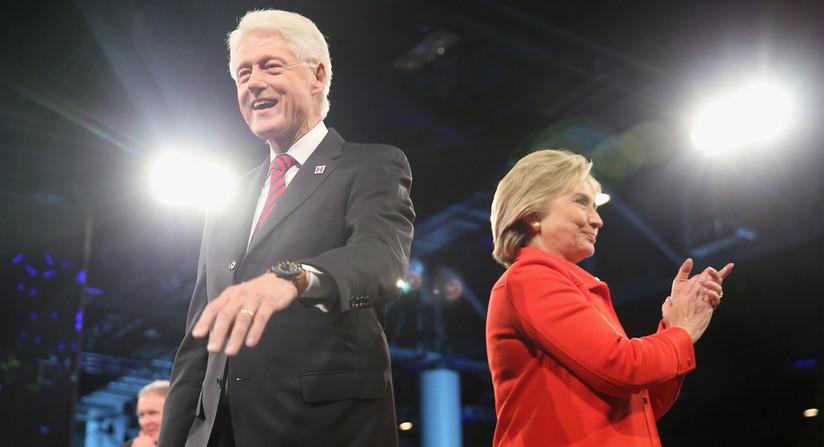Ứng viên Tổng thống Mỹ Hillary Clinton và chồng
