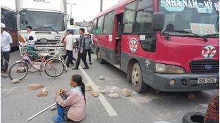 Dân chặn đường lên sân bay Nội Bài: Lãnh đạo địa phương nói gì?