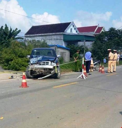 Chiếc xe của chủ tịch xã gây tai nạn tại hiện trường