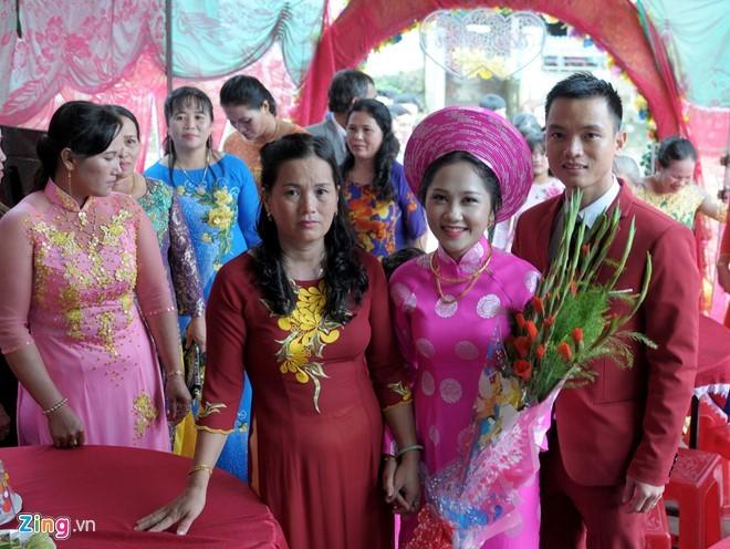Hai vợ chồng trẻ đều công tác tại TP.HCM
