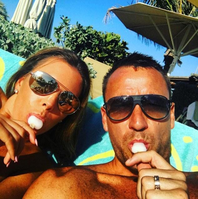 Terry đi nghỉ mát ở Dubai