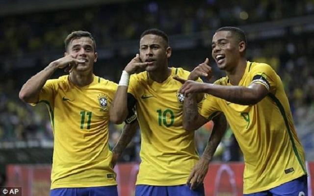 Brazil nghiền nát Argentina trong ngày Messi im tiếng