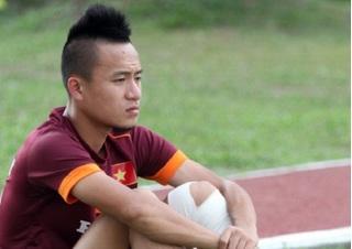 Rút gọn danh sách  dự AFF Cup 2016, Huy Toàn ngậm ngùi rời tuyển