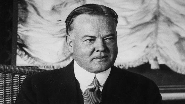 Ông Hoover không nhận lương Tổng thống, ông làm từ thiện và thưởng cho các nhân viên
