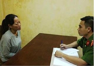 Bắt giữ một phụ nữ móc túi trong bệnh viện Bạch Mai