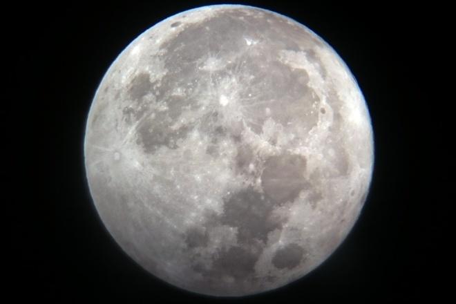 Siêu trăng 14/11/2016 là mặt trăng to và đẹp nhất trong suốt 70 năm qua.