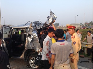 Tai nạn thảm khốc trong đêm ở Vũng Tàu: 4 thi thể nằm gần nhau