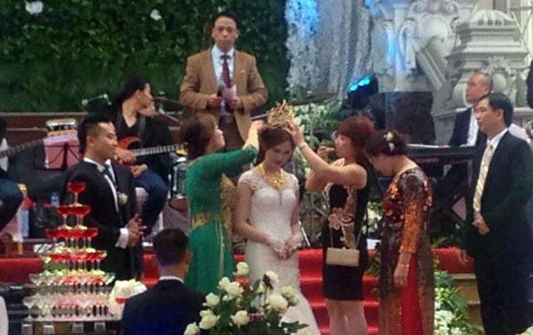 đám cưới khủng 4