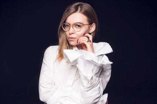 Quan chức Ukraine Anastasia Deyeva. Ảnh: Style Insider
