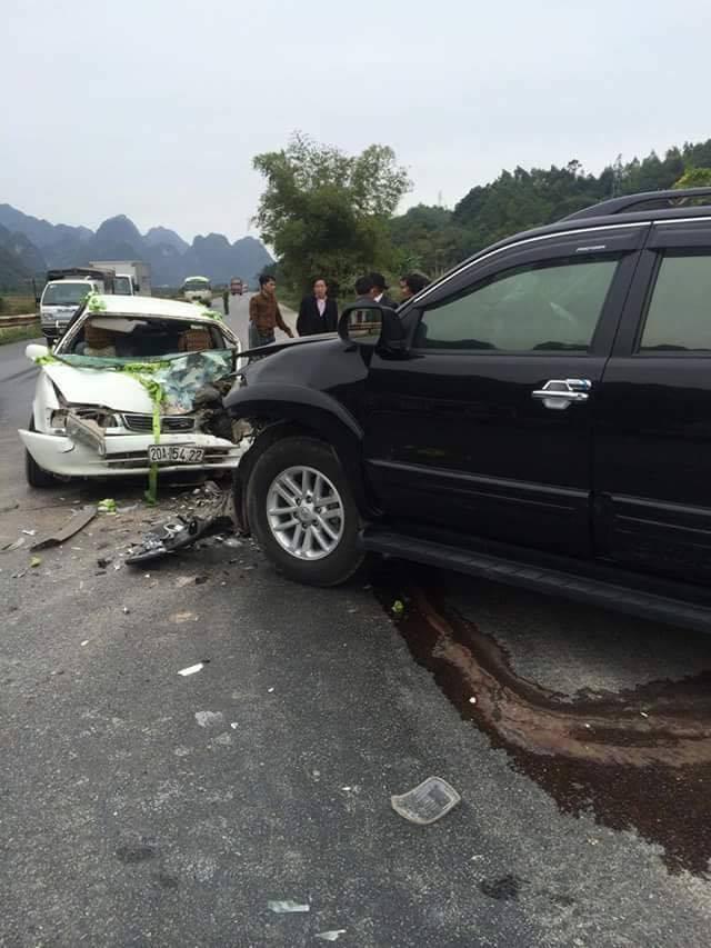 Cô dâu chú rể bị tai nạn ngay trong ngày cưới 2