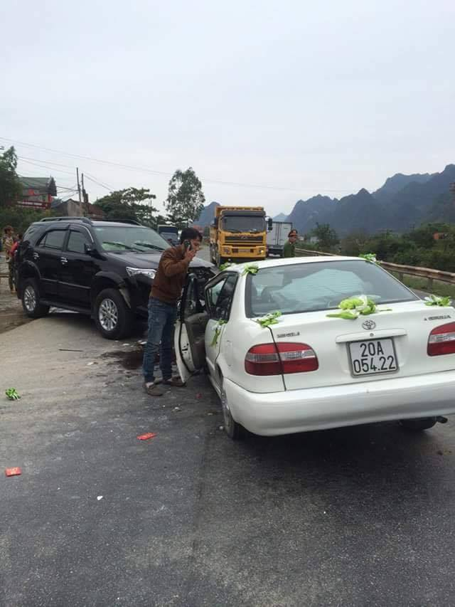 Cô dâu chú rể bị tai nạn ngay trong ngày cưới 3