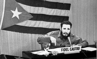 Huyền thoại Cu Ba Fidel Castro vừa qua đời ở tuổi 90