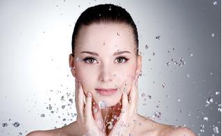 Bỏ túi mẹo chăm sóc da mặt mùa đông luôn mềm mịn, sạch mụn