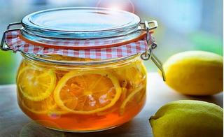 Công thức ngâm chanh đào mật ong trị ho chuẩn nhất