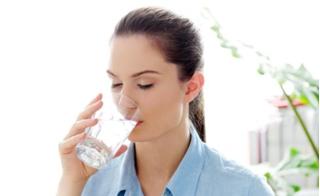 Thải độc, dưỡng da mùa đông với thức uống quen thuộc không tốn 1 xu