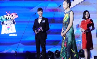 Vợ Lý Hải phiên dịch sai lời chồng tại lễ trao giải ở Hàn Quốc