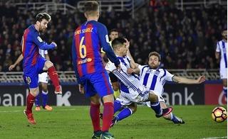 Messi ghi bàn, Barcelona vẫn hít khói Real Madrid
