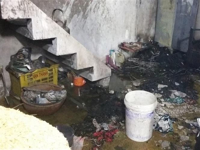 án mạng đau lòng trong căn nhà bị cháy
