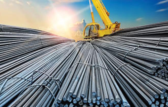 Giá thép xây dựng có nhiều biến động theo giá thép thế giới