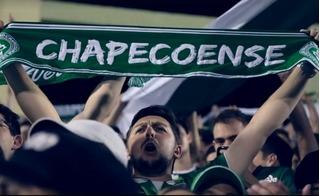 Các cầu thủ câu lạc bộ Chapecoense được vinh danh là nhà vô địch vĩnh cửu