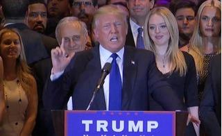 Đại gia bỏ 22 tỷ mua vé VIP dự lễ nhậm chức Tổng thống Mỹ của ông Trump sẽ được gì?