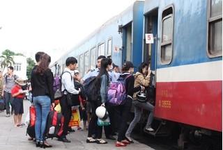 Tết Đinh Dậu 2017: Còn nhiều cơ hội để mua vé tàu