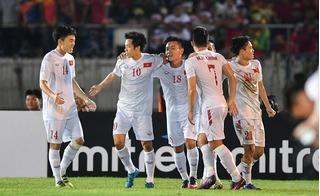 Trước vòng bán kết AFF Cup, Thái Lan số 1, Việt Nam số 2