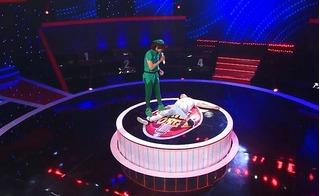 Giọng ải giọng ai: Ngô Kiến Huy ngã ngửa ngay trên sân khấu khi nghe giọng ca của thí sinh này