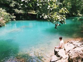 Không cần đi Trung Quốc xa xôi, ngay Việt Nam cũng có nơi đẹp như Cửu Trại Câu