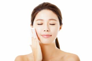 Chăm sóc da nhờn hiệu quả bằng việc khống chế dầu, bổ sung nước