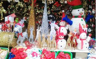 Giáng sinh 2016: Hàng Mã hút khách, cửa hàng quà tặng doanh thu 80 triệu mỗi ngày