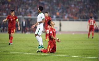 Hòa 2-2, Việt Nam lỡ cơ hội vào chung kết sau trận cầu