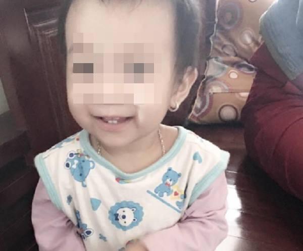 Chân dung bé gái 14 tháng tuổi tử vong bất thường tại BVĐK tỉnh Lạng Sơn