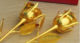 Giá vàng hôm nay 10/12: Vàng SJC tiếp tục lao dốc, không thể bứt phá