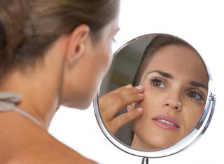 Chống lão hóa nên áp dụng cả phương pháp trị liệu bên trong và bên ngoài