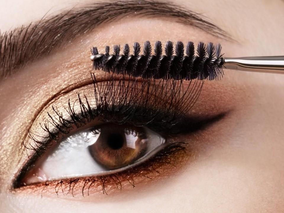 Cách chải mascara đúng, tham khảo cách chải mascara đúng