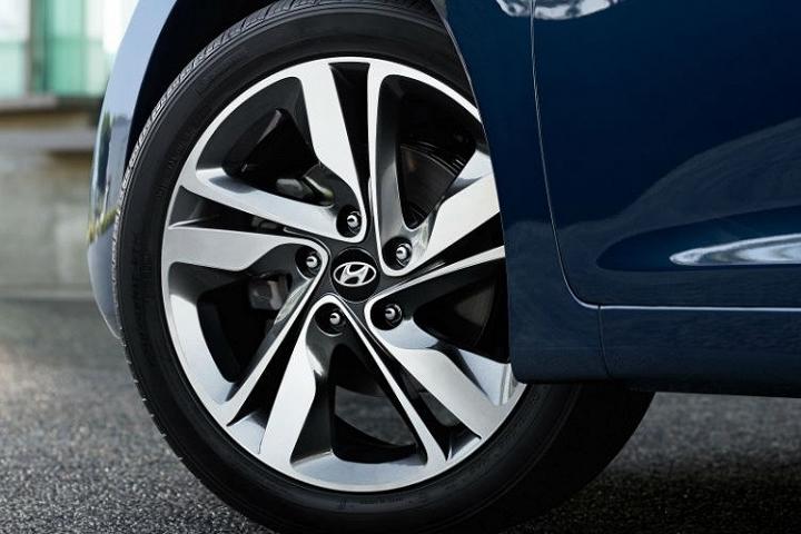 Hyundai Elantra Value Edition được yêu thihcs