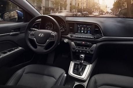 Hyundai Elantra Value nội thất đẹp